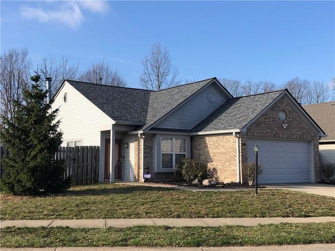 5121 Pin Oak Drive Indianapolis, IN 46254 | MLS 21700705 | photo 21