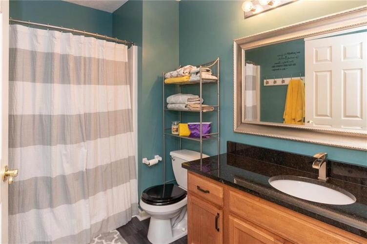 5848 BEACON COVE Place Indianapolis, IN 46237 | MLS 21700780 | photo 16