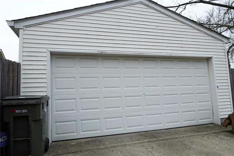 5115 E NORTH Street Indianapolis, IN 46219 | MLS 21700821 | photo 22