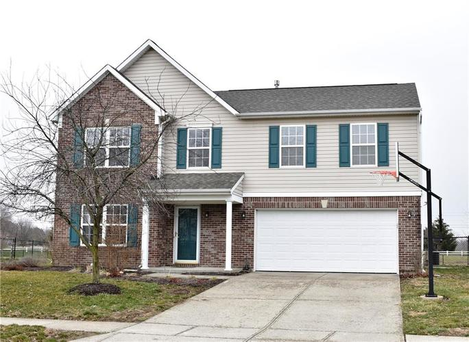 6927 Flick Drive Indianapolis, IN 46237 | MLS 21700864 | photo 1