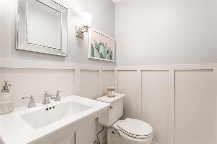 4430 E 80th Street Indianapolis, IN 46250 | MLS 21700893 | photo 20