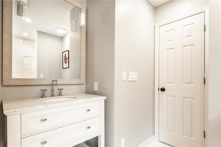 4430 E 80th Street Indianapolis, IN 46250 | MLS 21700893 | photo 24