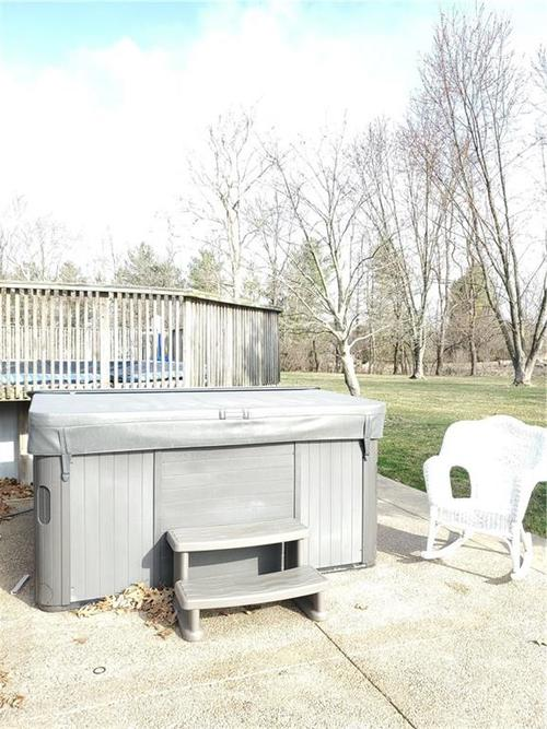 6709 W COLONIAL Drive Greenfield, IN 46140 | MLS 21700919 | photo 10