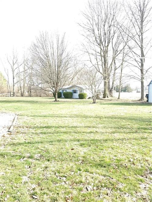 6709 W COLONIAL Drive Greenfield, IN 46140 | MLS 21700919 | photo 4
