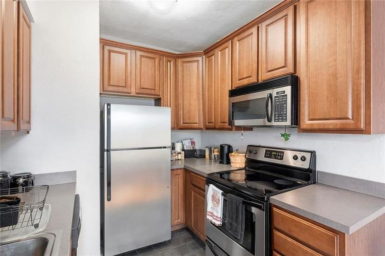5347 N College Avenue #205 Indianapolis, IN 46220 | MLS 21701005 | photo 11