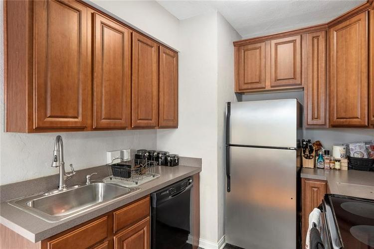 5347 N College Avenue #205 Indianapolis, IN 46220 | MLS 21701005 | photo 12