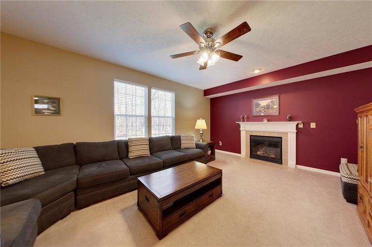 11108 Litchfield Place Fishers IN 46038 | MLS 21701091 | photo 15