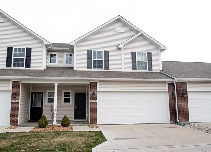 9686 Angelica Drive Noblesville, IN 46060   MLS 21701266   photo 1