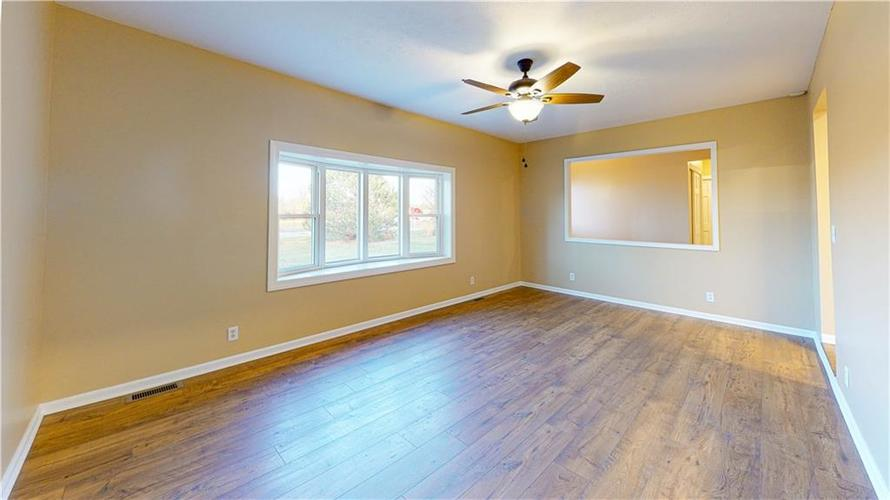 10735 Southeastern Avenue Indianapolis, IN 46239   MLS 21701270   photo 13