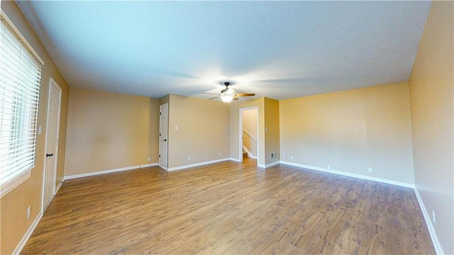 10735 Southeastern Avenue Indianapolis, IN 46239   MLS 21701270   photo 16