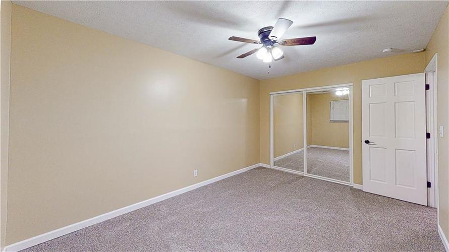 10735 Southeastern Avenue Indianapolis, IN 46239   MLS 21701270   photo 18