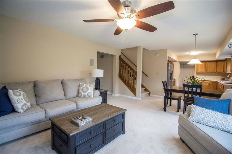 10224 Canal Way Noblesville, IN 46060 | MLS 21701281 | photo 12