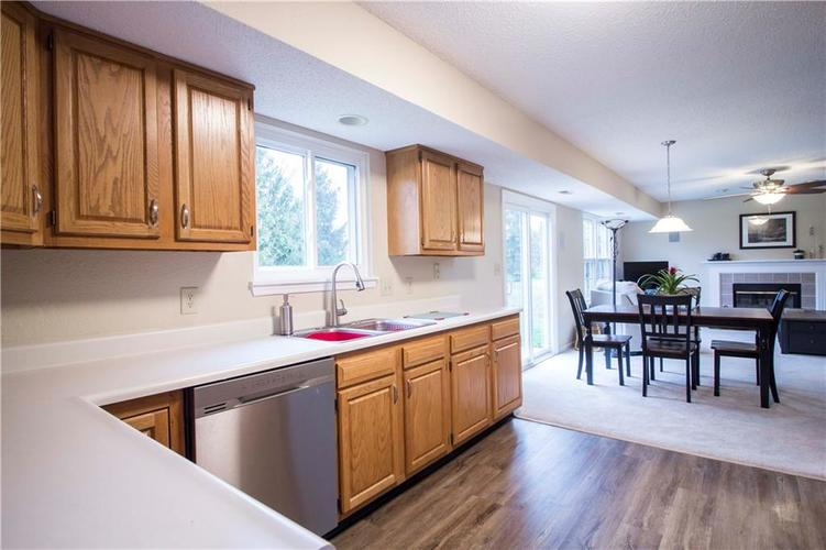 10224 Canal Way Noblesville, IN 46060 | MLS 21701281 | photo 17