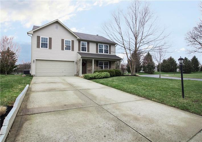 10224 Canal Way Noblesville, IN 46060 | MLS 21701281 | photo 2