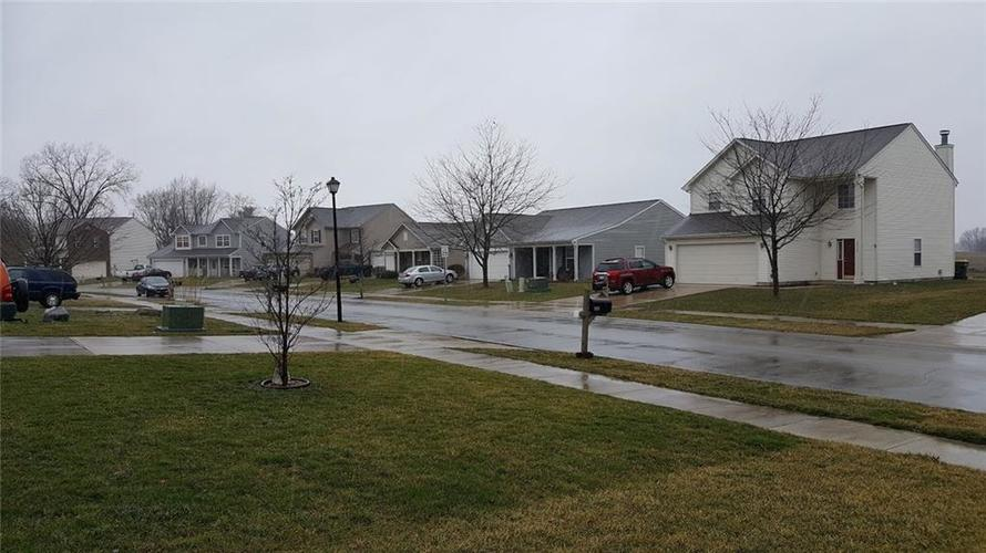 2837 Rand Lane Anderson, IN 46013 | MLS 21701283 | photo 17
