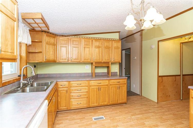16151 State Road 38 E Noblesville IN 46060 | MLS 21701288 | photo 10