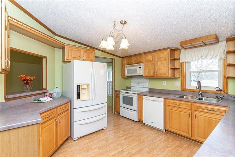 16151 State Road 38 E Noblesville IN 46060 | MLS 21701288 | photo 12