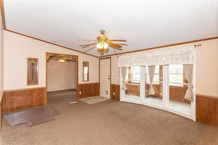 16151 State Road 38 E Noblesville IN 46060 | MLS 21701288 | photo 8