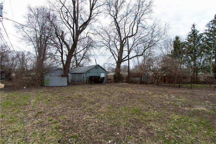 1629 Bacon Street Indianapolis IN 46237   MLS 21701341   photo 13
