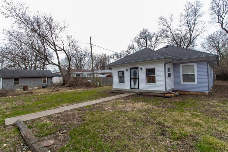 1629 Bacon Street Indianapolis IN 46237   MLS 21701341   photo 3
