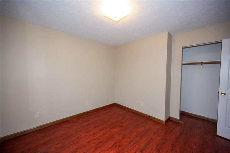 4050 W Luxembourg Circle Indianapolis IN 46228 | MLS 21701378 | photo 16
