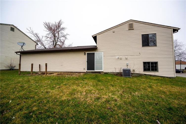 4050 W Luxembourg Circle Indianapolis IN 46228 | MLS 21701378 | photo 19