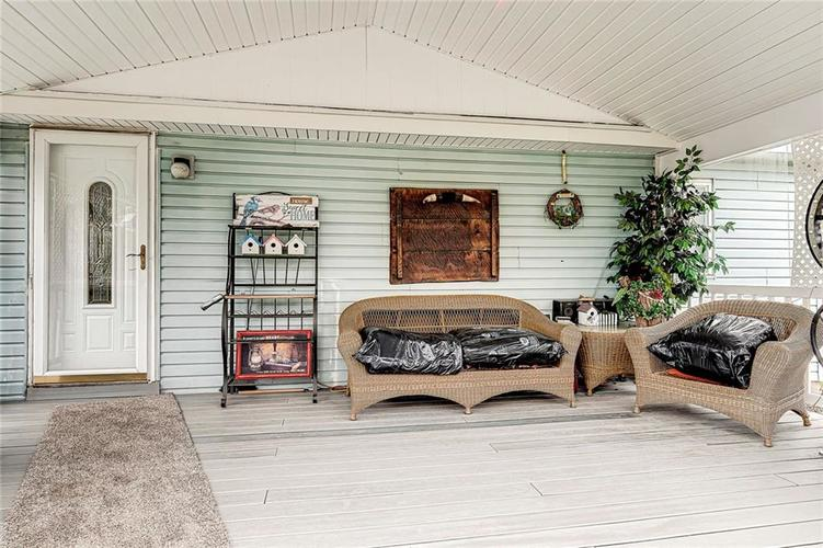 302 RIVERWOOD Drive Noblesville, IN 46062 | MLS 21701401 | photo 10
