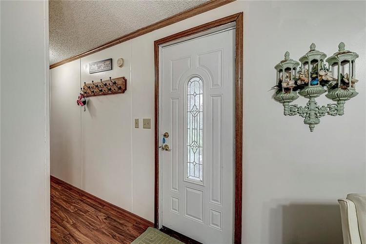 302 RIVERWOOD Drive Noblesville, IN 46062 | MLS 21701401 | photo 12