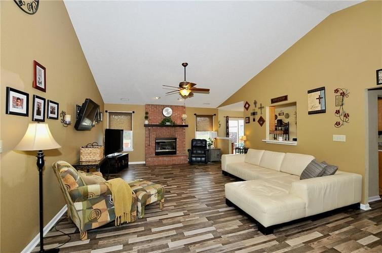10540 Cress Court Noblesville, IN 46060 | MLS 21701430 | photo 5