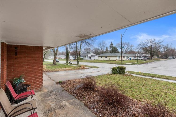 5708 W 41ST Place Indianapolis, IN 46254   MLS 21701445   photo 19
