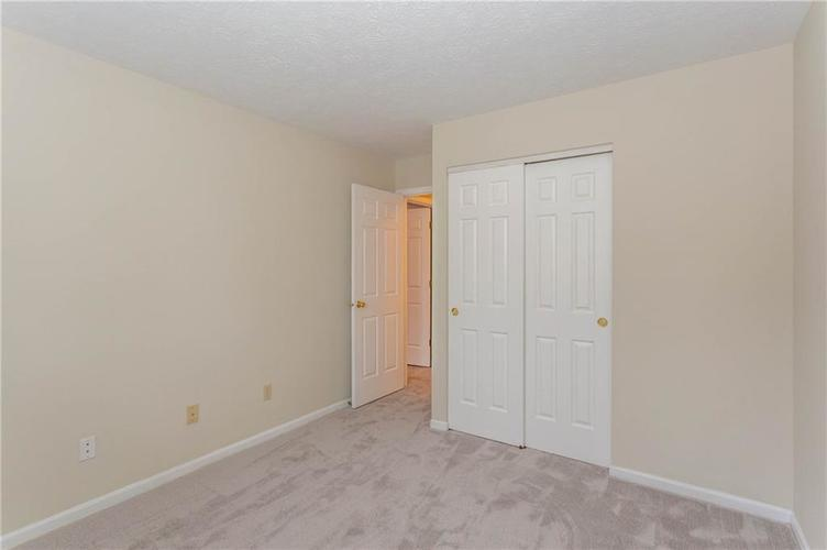 2045 Emily Drive Indianapolis, IN 46260   MLS 21701474   photo 18