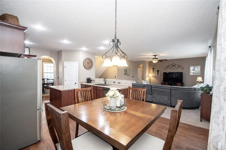 725 Beechwood Centre Road Avon, IN 46123 | MLS 21701505 | photo 12