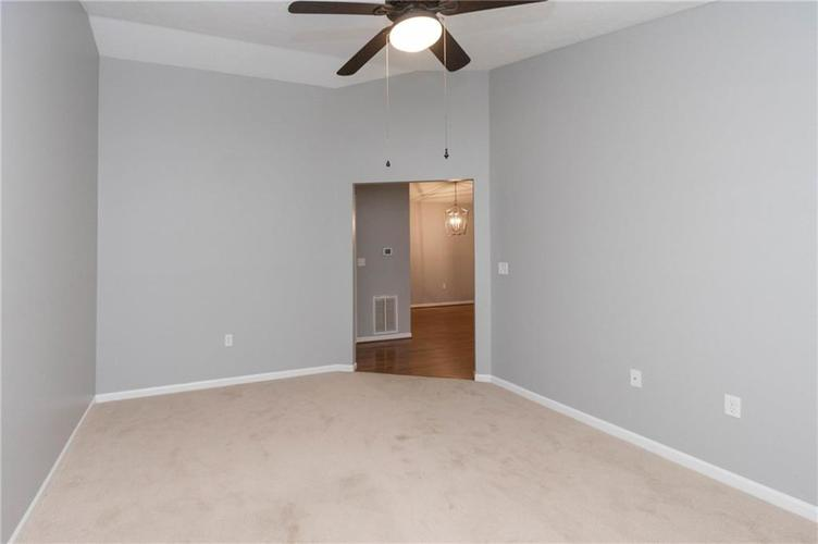 211 FAULKNER Court #208 Carmel, IN 46032 | MLS 21701536 | photo 28