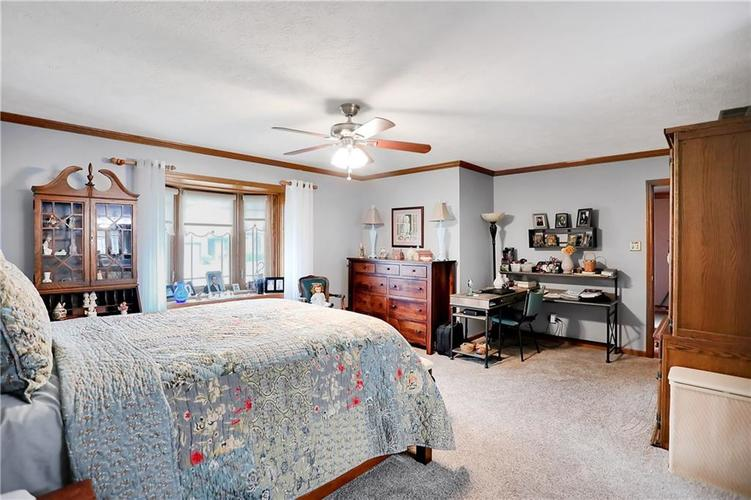 8610 SPEND A BUCK Drive Indianapolis, IN 46217 | MLS 21701560 | photo 12