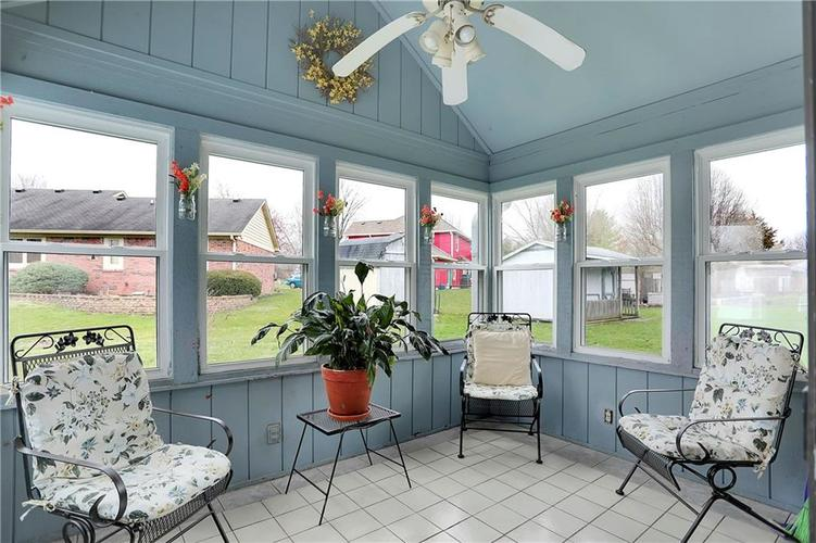 8610 SPEND A BUCK Drive Indianapolis, IN 46217 | MLS 21701560 | photo 24