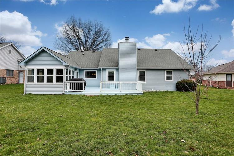 8610 SPEND A BUCK Drive Indianapolis, IN 46217 | MLS 21701560 | photo 25
