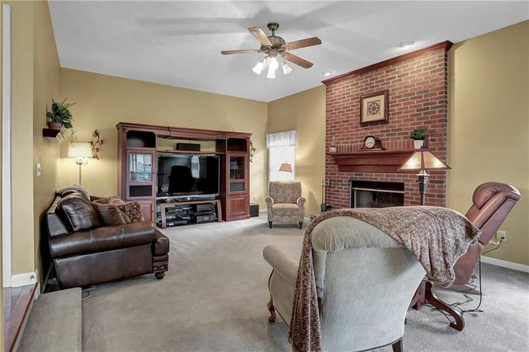 3718 Sumter Way Carmel, IN 46032 | MLS 21701586 | photo 17