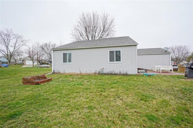 1511 Timber Village Drive Greenwood, IN 46142 | MLS 21701689 | photo 23