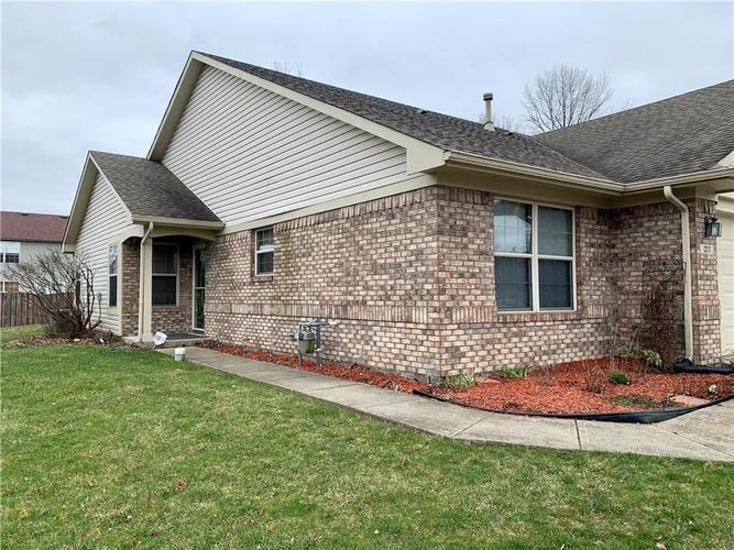 1217 Brittany Circle #A Brownsburg, IN 46112 | MLS 21701800 | photo 2