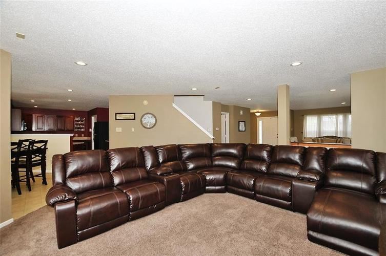 9965 BIG BEND Drive Indianapolis, IN 46234 | MLS 21701802 | photo 7