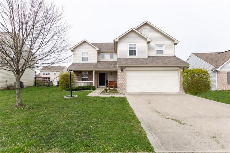 5232 BOMBAY Drive Indianapolis IN 46239 | MLS 21701830 | photo 1