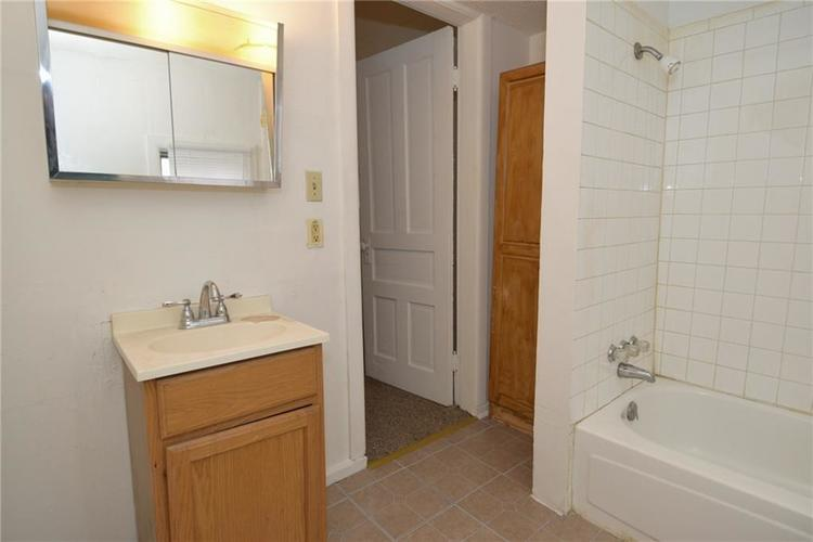 1520 W 27th Street Indianapolis, IN 46208 | MLS 21701846 | photo 14