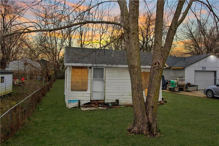 3116 S LYONS Avenue Indianapolis, IN 46241   MLS 21701866