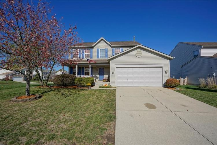 10166 Bootham Close Fishers, IN 46038 | MLS 21701899 | photo 1
