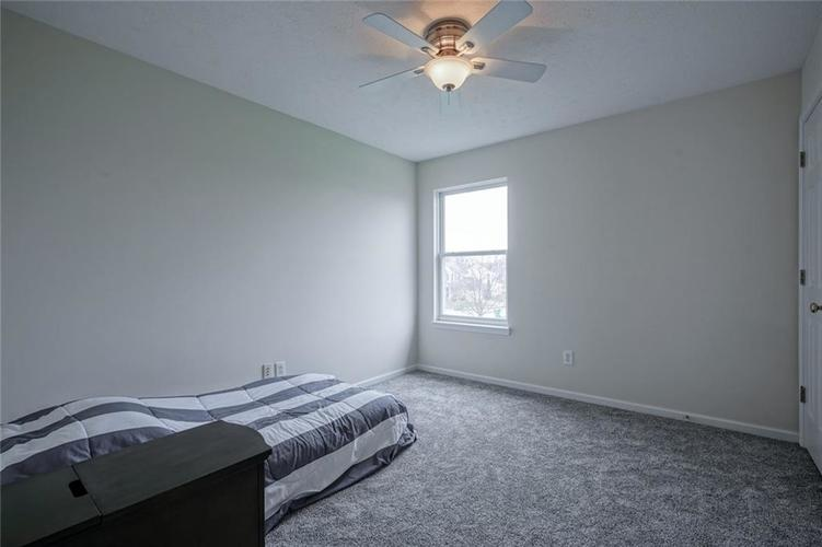 10166 Bootham Close Fishers, IN 46038 | MLS 21701899 | photo 23