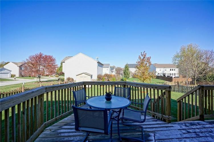 10166 Bootham Close Fishers, IN 46038 | MLS 21701899 | photo 27