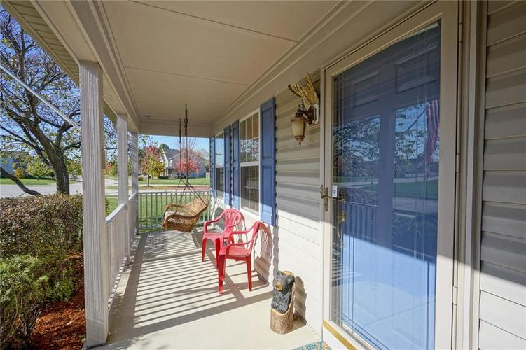 10166 Bootham Close Fishers, IN 46038 | MLS 21701899 | photo 4