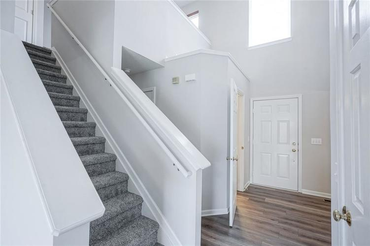 10166 Bootham Close Fishers, IN 46038 | MLS 21701899 | photo 5