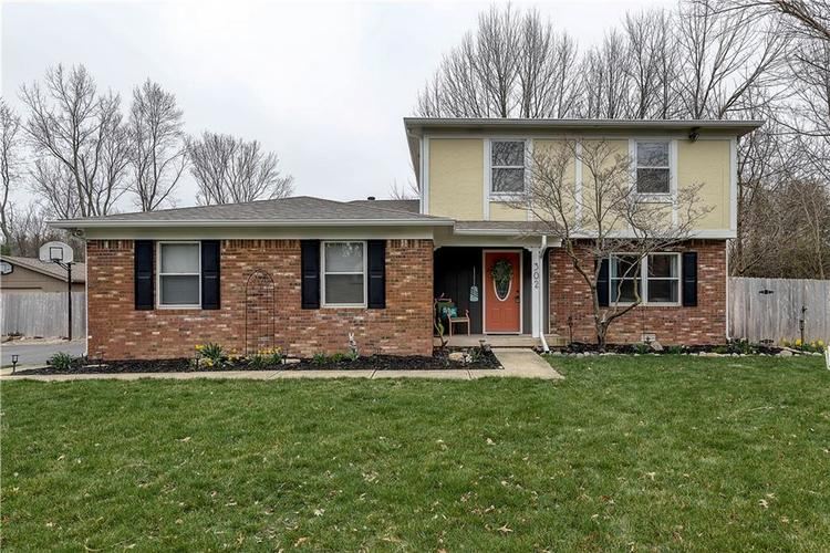 302 W 92nd Street Indianapolis, IN 46260 | MLS 21701928 | photo 1