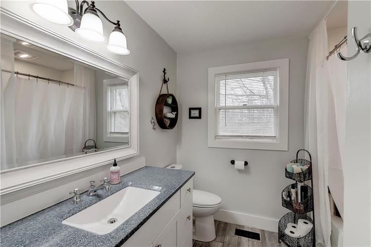 302 W 92nd Street Indianapolis, IN 46260 | MLS 21701928 | photo 24